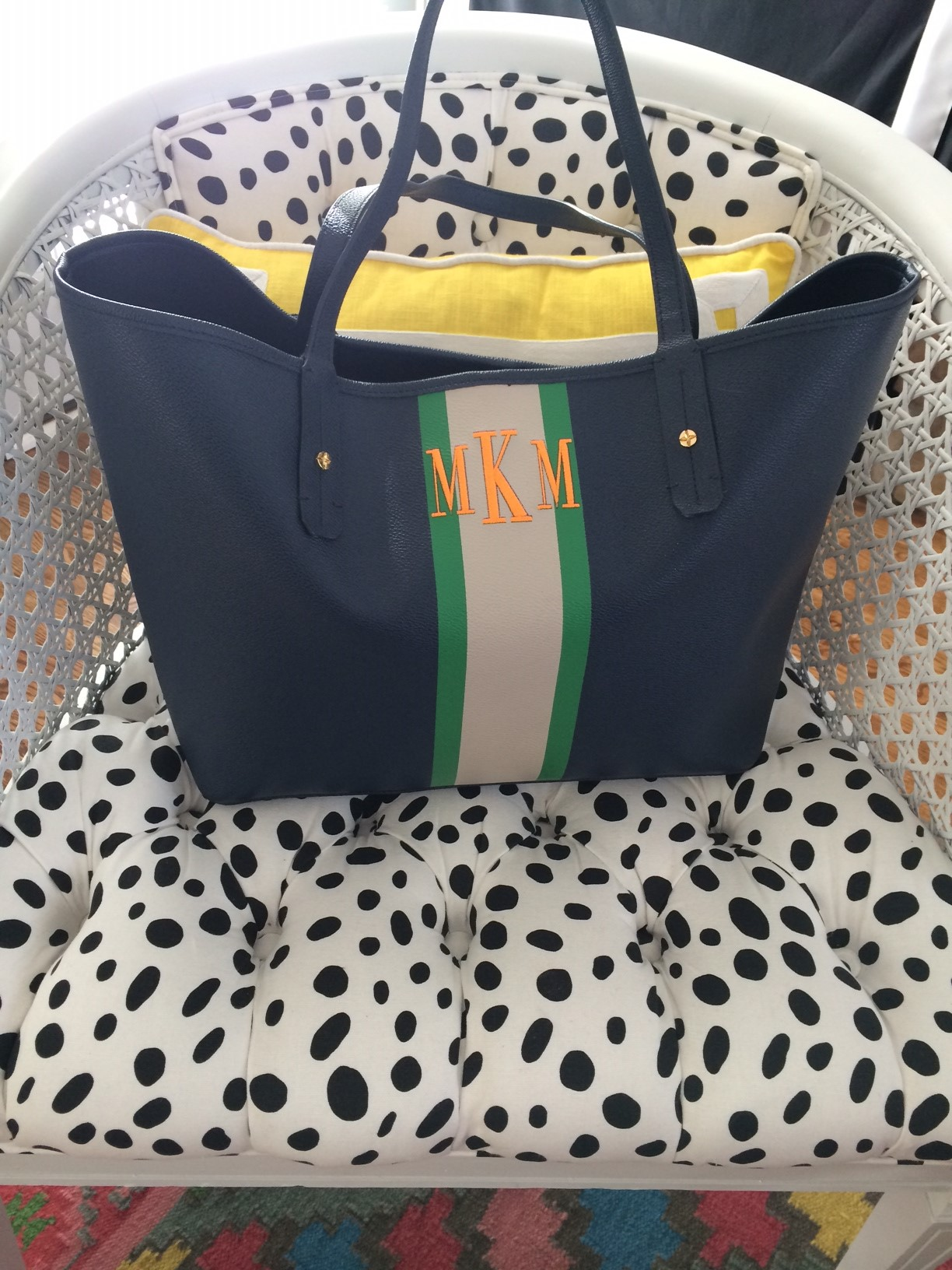The Front Of Bag Has C Wonder Logo Which Is Still Cute And Understated